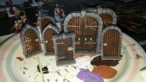 Bemalte Türen aus Dungeon Saga