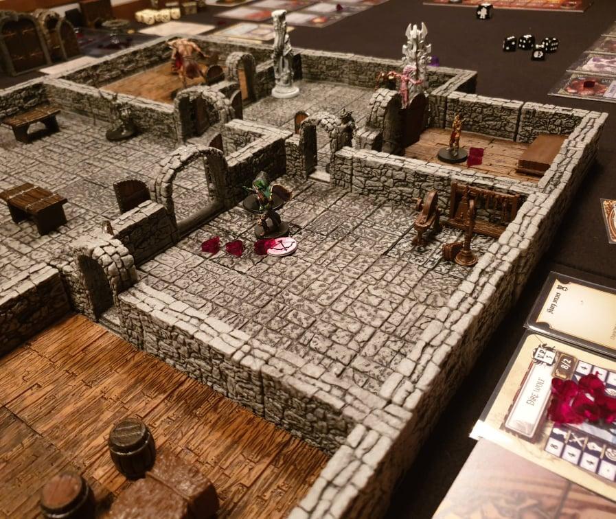 Dungeon Universalis mit Warlock Tiles v. Wizkids